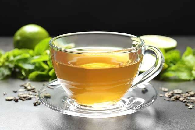 Green Tea Consumption Lower Damage and Inflammatory Cytokines in  Cardiovascular System Under Androgenic Stimulation.